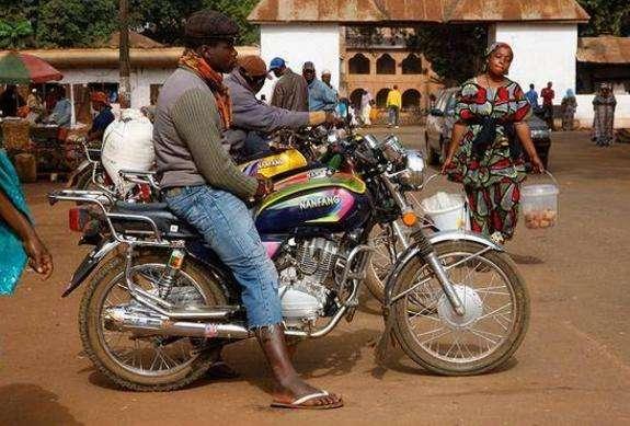 非洲摩托车.jpg